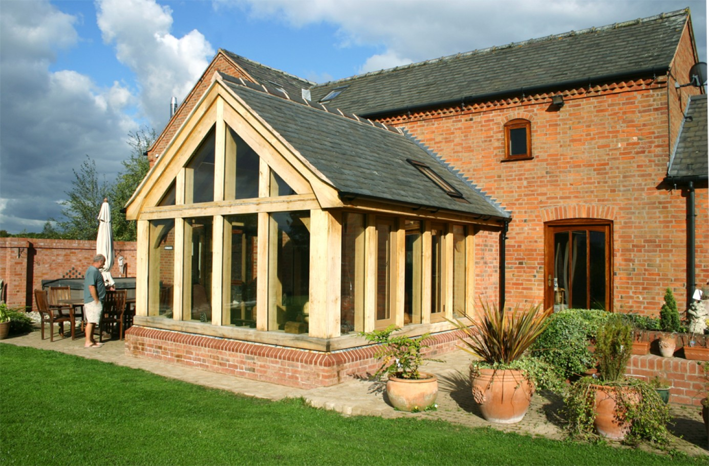 Newburry oak garden room natural structures for Oak framed garden room